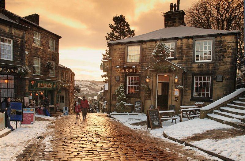Haworth Main St in snow