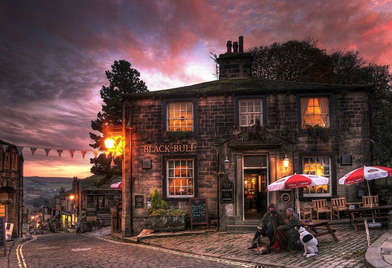 Black Bull, Haworth Main St at Sunset